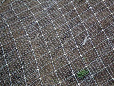 菱形防护网施工2.jpg