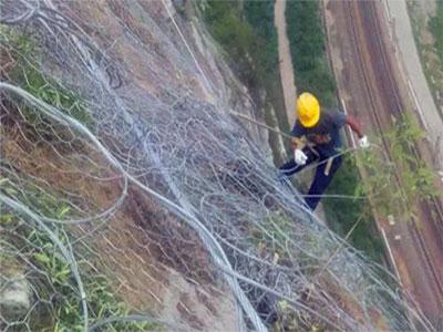 SNS柔性边坡防护网施工
